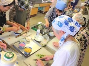 8/29(水)山形市介護予防教室【火を使わない!?料理教室】を担当しました!